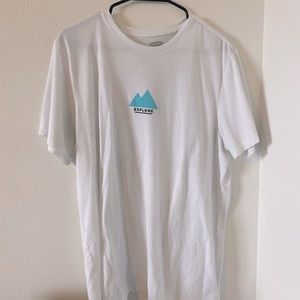 Old Navy- Graphic T-Shirt